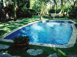 <div class='closebutton' onclick='return hs.close(this)' title='Close'></div><div class='firstH'><img src='images/logo-white-small.png'></div><h1>Classic Fiberglass Pool</h1><p>Classic - Clearwater Fiberglass Pool #002 by Aquarius Pools Construction Co. Inc.</p><div class='getSocial'><h1>Share</h1><p class='photoBy'>Photo by Aquarius Pools Construction Co. Inc.</p><iframe src='http://www.facebook.com/plugins/like.php?href=http%3A%2F%2Faquariuspool.net%2Fimages%2Ffiberglass%2FClassic%2Fclearwater%2F002.jpg&send=false&layout=button_count&width=100&show_faces=false&action=like&colorscheme=light&font&height=21' scrolling='no' frameborder='0' style='border:none; overflow:hidden; width:100px; height:21px;' allowTransparency='true'></iframe><br><a href='http://pinterest.com/pin/create/button/?url=http%3A%2F%2Fwww.aquariuspool.net&media=http%3A%2F%2Fwww.aquariuspool.net%2Fimages%2Ffiberglass%2FClassic%2Fclearwater%2F002.jpg&description=Pools' data-pin-do='buttonPin' data-pin-config=\'above\'><img src='http://assets.pinterest.com/images/pidgets/pin_it_button.png' /></a><br></div>