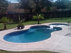 <div class='closebutton' onclick='return hs.close(this)' title='Close'></div><div class='firstH'><img src='images/logo-white-small.png'></div><h1>Free Form Fiberglass Pool</h1><p>Free Form - Malibu Deluxe Fiberglass Pool #004 by Aquarius Pools Construction Co. Inc.</p><div class='getSocial'><h1>Share</h1><p class='photoBy'>Photo by Aquarius Pools Construction Co. Inc.</p><iframe src='http://www.facebook.com/plugins/like.php?href=http%3A%2F%2Faquariuspool.net%2Fimages%2Ffiberglass%2FFree Form%2Fmalibu%2F004.jpg&send=false&layout=button_count&width=100&show_faces=false&action=like&colorscheme=light&font&height=21' scrolling='no' frameborder='0' style='border:none; overflow:hidden; width:100px; height:21px;' allowTransparency='true'></iframe><br><a href='http://pinterest.com/pin/create/button/?url=http%3A%2F%2Fwww.aquariuspool.net&media=http%3A%2F%2Fwww.aquariuspool.net%2Fimages%2Ffiberglass%2FFree Form%2Fmalibu%2F004.jpg&description=Pools' data-pin-do='buttonPin' data-pin-config=\'above\'><img src='http://assets.pinterest.com/images/pidgets/pin_it_button.png' /></a><br></div>