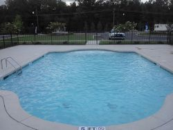 Comercial Pool #002 by Aquarius Pools Construction