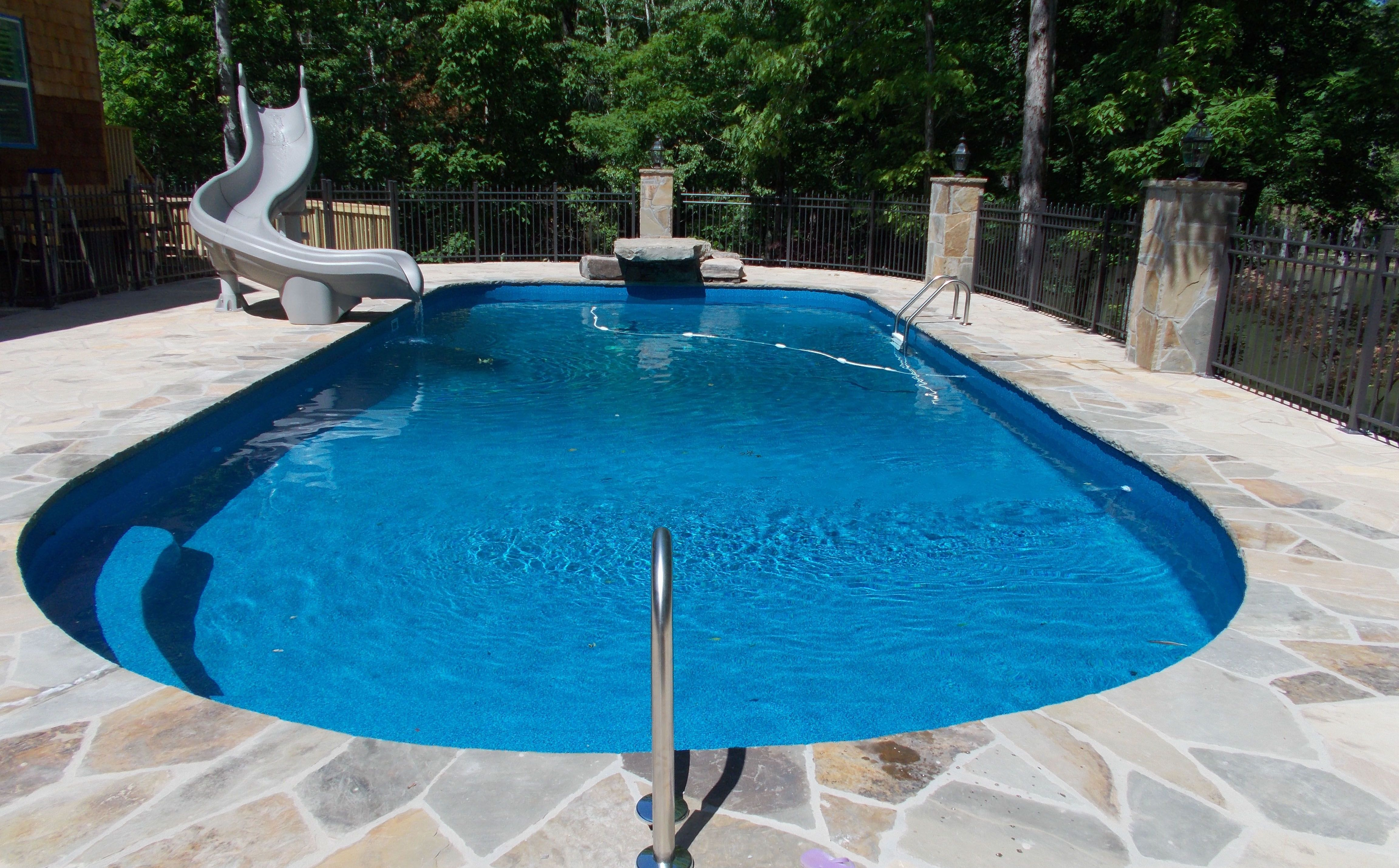 Vinyl liner pool construction columbus georgia for Pool design mistakes
